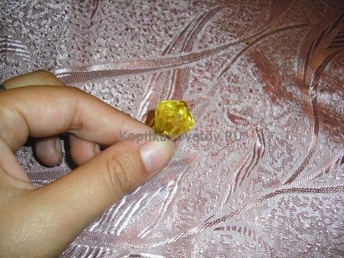 Пластиковый кристалл для серединки