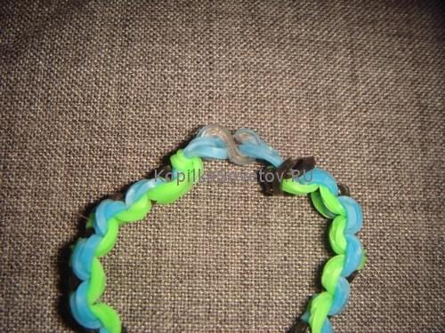 Голубые петельки