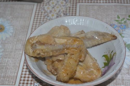 Куриные крылышки на сковороде