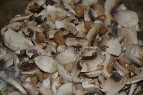 Порежем грибы