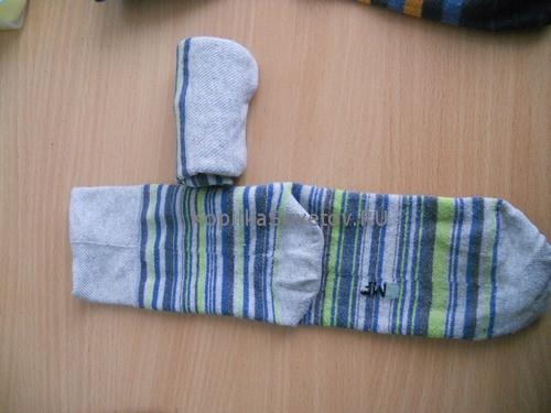 Сворачиваем носки в трубочку